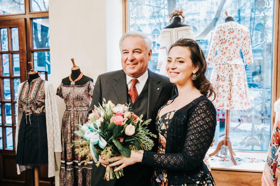 Auch der steirische Landeshauptmann Hermann Schützenhöfer gratulierte Lena Hoschek zur Neueröffnung ihres Flagship-Shops in Graz (Foto LUPI SPUMA)