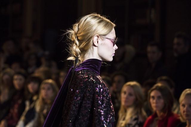 Das Designer-Duo Talbot Runhof begeisterte mit seiner Herbst/Winter-Kollektion #GLAUBELIEBEHOFFNUNG auf der Paris Fashion Week (Foto LA BIOSTHETIQUE Paris)