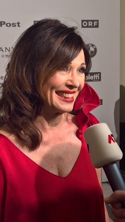 """Iris Berben hat bereits drei KURIER ROMY® Statuetten für die """"Beliebteste Schauspielerin"""" zuhause. (Foto Hedi Grager)"""