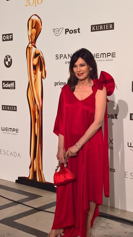 Die großartige Schauspielerin Iris Berben wurde mit der Platin ROMY® für ihr Lebenswerk ausgezeichnet (Foto Hedi Grager)