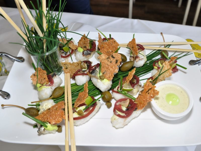 Sushi-Reis mit Nuri Sardinen (Foto Reinhard Sudy)