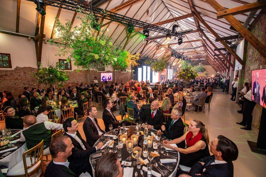 Auch heuer wurden wieder im Rahmen der Primus-Gala der Kleinen Zeitung im schönen Ambiente der Grazer Seifenfabrik Spitzenleistungen steirischer Betriebe ausgezeichnet (Foto Jürgen Fuchs)