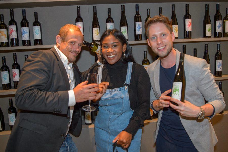 Life Ball Weinpräsentation: Gery Keszler, Rose May Alaba und Markus Freistätter (Foto Andreas Tischler)