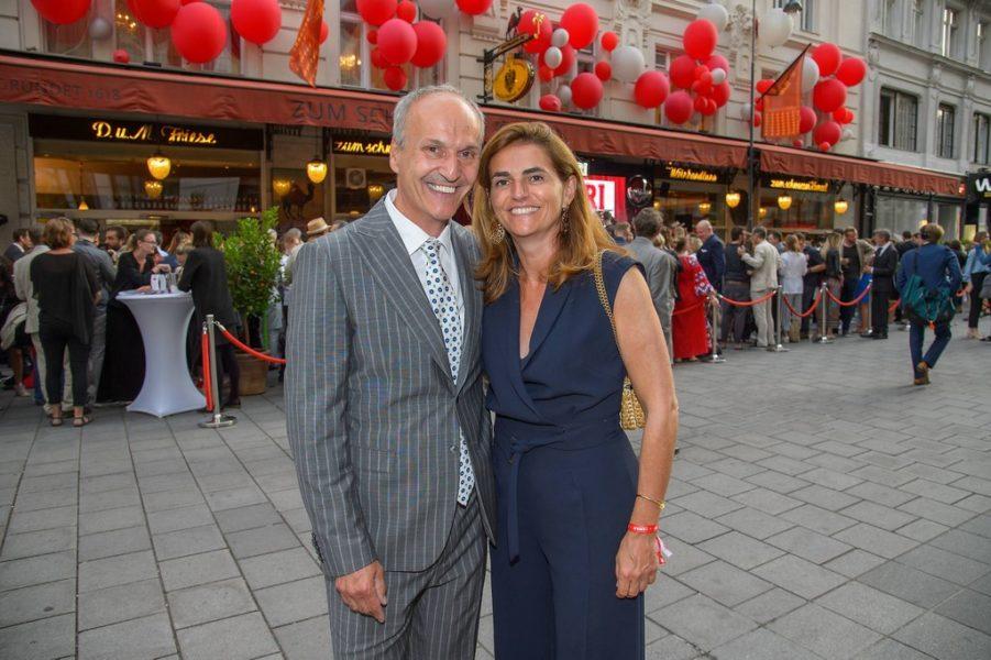 """400 Jahre """"Zum Schwarzen Kameel"""" wurde mit Campari gefeiert: Peter und Christina Friese (Foto Andreas Tischler)"""