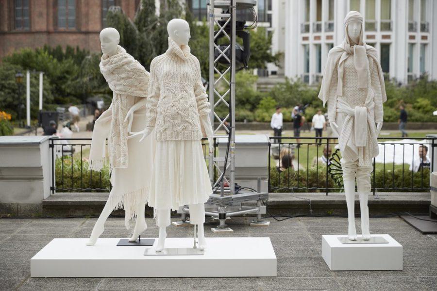 Allude bei 'Der Berliner Salon' - Gruppenausstellung (Foto Getty Images für Der Berliner Salon)