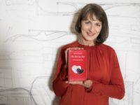 """Huberta Gabalier veröffentlichte mit """"Von Herz zu Herz"""" bereits ihren vierten Gedichtband (Foto privat)"""