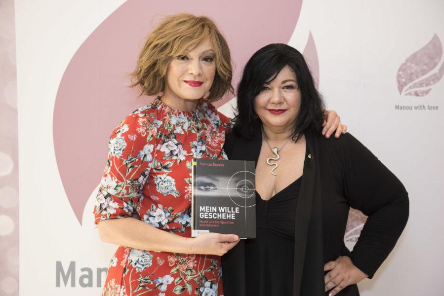 Manou Lenz konnte Schauspielerin Marion Mitterhammer und die renommierte Profilerein Patricia Staniek für den Catwalk gewinnen (Foto Robert Raithel)