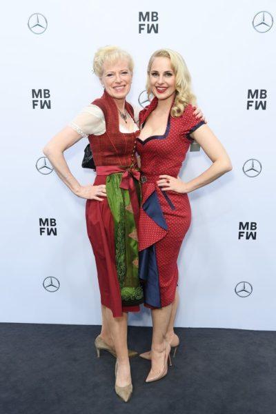 Silvia Schneider wurde von ihrer Mutter auf die Show von Sportalm Kitzbuehel nach Berlin begleitet (Photo by Matthias Nareyek/Getty Images for MBFW)