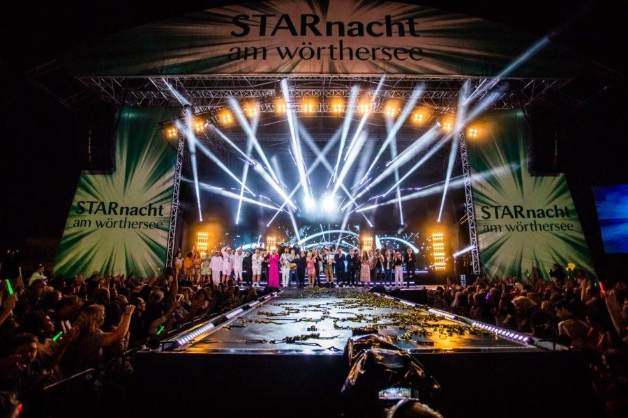 Mehr als 6.000 Zuschauer waren zur StarNacht am Wörthersee in der Klagenfurter Ostbucht gekommen und lauschten begeistert den gut gelaunten Stars (Foto Peter Krivograd/ip|media)