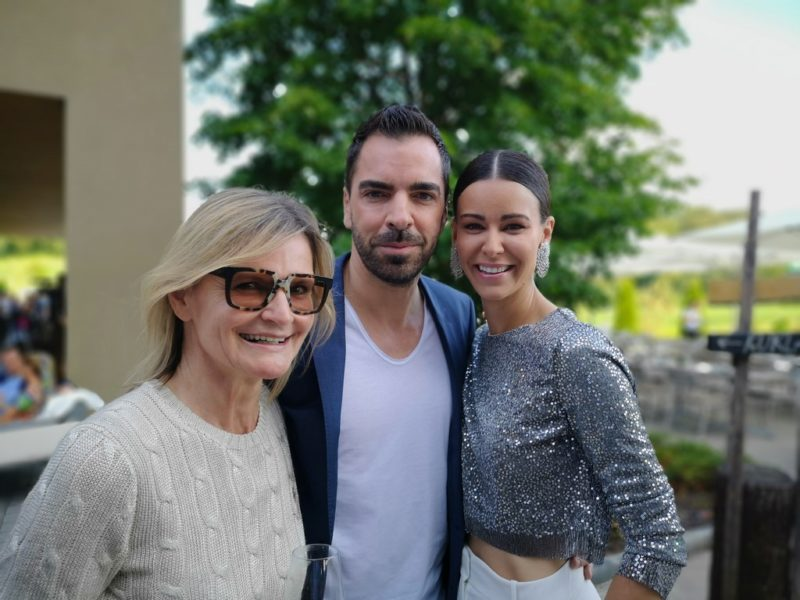 Es ist immer wieder schön, dieses sympathische Paar zu treffen: Topmodel Kerstin Lechner und Unternehmer Kari Ochsner (Foto Reinhard Sudy)