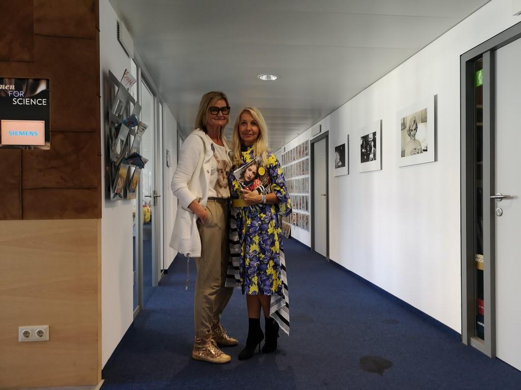 Ich besuchte Uschi Fellner in ihrem Büro im Media Quarter Marx 3.2 und sie erzählte mir von ihrem neuen Magazin, ihren Erfahrungen als Medienherausgeberin und wie sie zeitlich alles schafft (Foto privat)