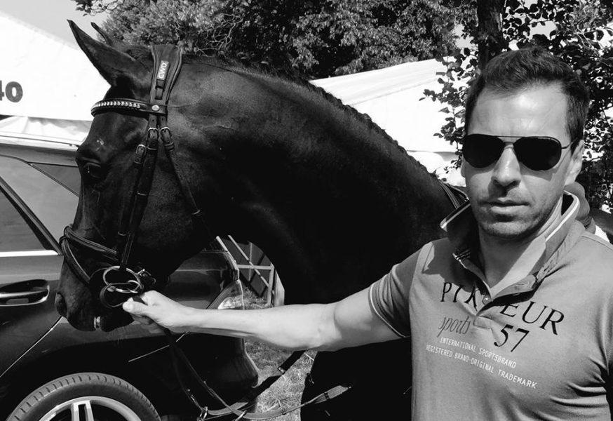 """Kari Ochsner: """"Mein größtes Hobby sind Pferde"""", erzählt der erfolgreiche Geschäftsmann, der sich der Zucht der Trakehner verschrieben ha7 (Foto privat)"""