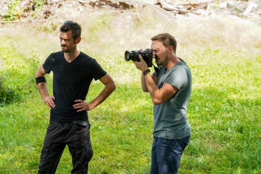 """Philipp Schulz: """"Für die 'Behind the scenes-Fotografie' kommt es immer auf den Moment an, der oft spontan auftritt. Der Fokus liegt dabei nicht nur auf den Emotionen einer Person, sondern auf denen aller Teilnehmer, was das Ganze spannender macht."""" (Foto Verena Pichlhofer)"""