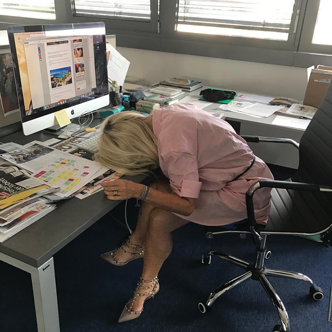 """""""Humor ist das, was mich am Leben hält, ohne Humor könnte ich mein Leben nicht führen,"""" erklärt mir Uschi Fellner mit einem Lachen (Foto privat)"""