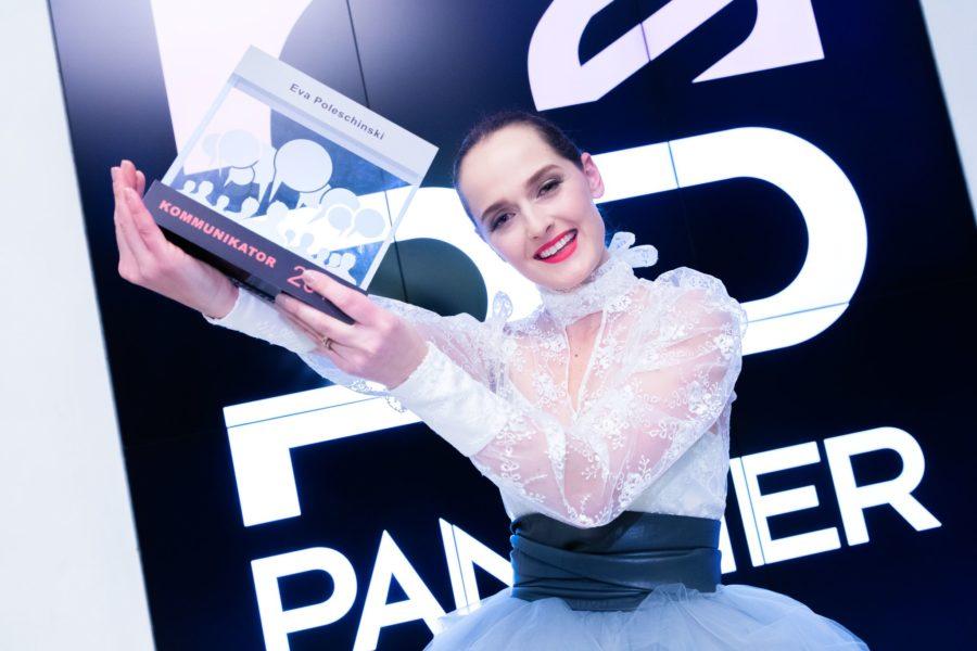 """Kürzlich erhielt Eva Poleschinski den PR Panther als """"Kommunikatorin des Jahres"""". (Foto WOCHE-GEOPHO)"""