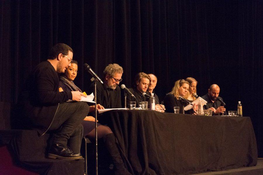 Schauspieler Mario Canedo (li außen) war 2018 auch oft bei Lesungen dabei (Foto privat)