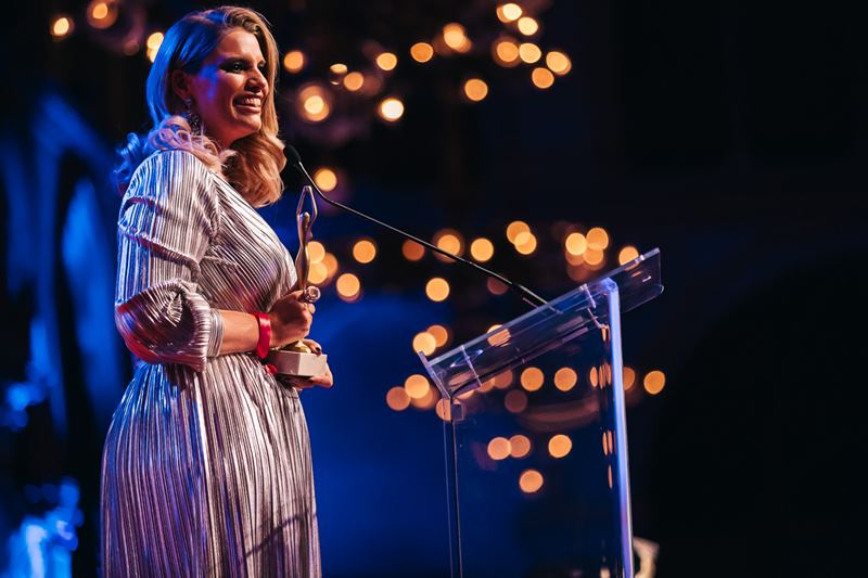 """Mit dem ,,Women for Women""""- Award wurde Model und Moderatorin Angelina Kirsch ausgezeichnet. (Foto Philipp Lipiarski)"""