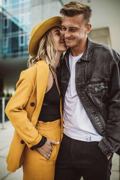 Karin Teigl mit ihrem Mann Georg, der auch für die Optik ihrer Social Media-Kanäle verantwortlich ist. (Foto privat)