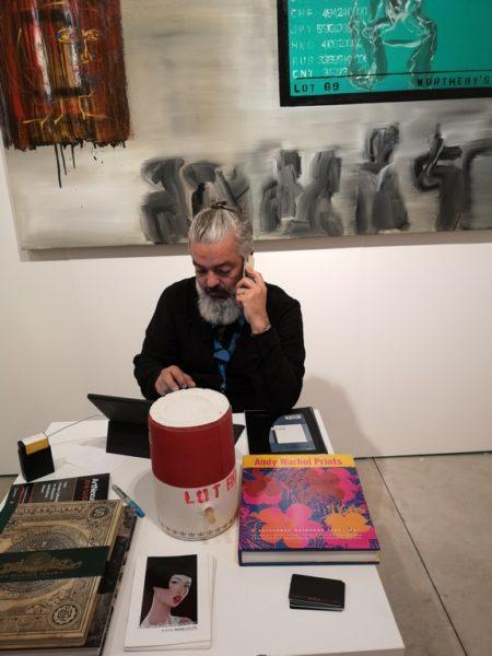 """Rudolf Budja arbeitet mit HIGHSNOBIETY zusammen, """"eine der besten Onlineplattformen"""", wie er sagt (Foto Hedi Grager)"""