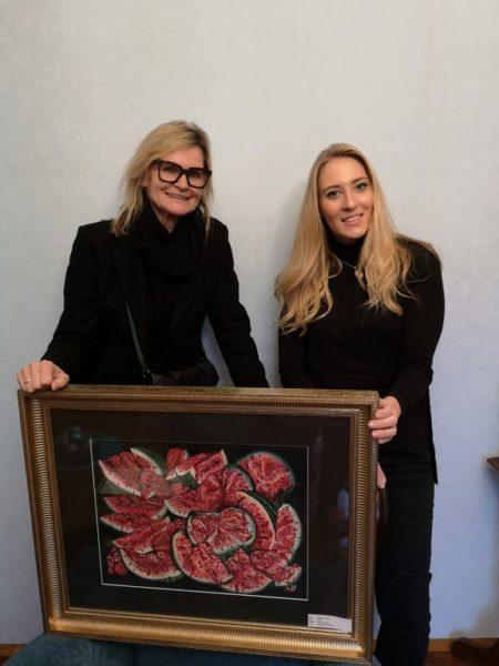 Journalistin und Bloggerin Hedi Grager besuchte die Künstlerin Valentina S. Eberhardt im Haus ihrer Eltern in Graz. (Foto privat)