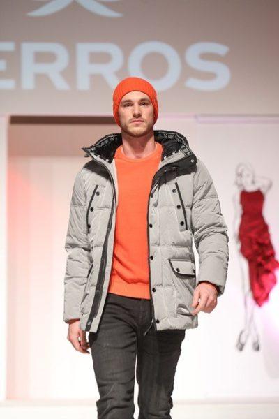 Model Manuel Stummvoll im Outfit von Lerros. (FotoBrandboxx/Franz Neumayr)