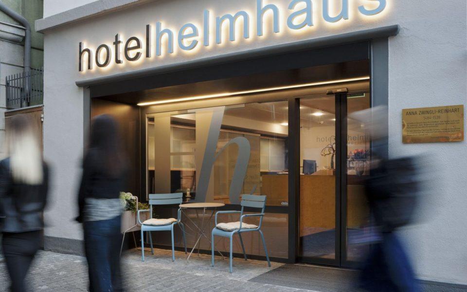 Das Helmhaus Swiss Quality Hotel empfängt seine Gäste in einem historischen Gebäude aus dem 14. Jahrhundert in zentraler Lage nahe dem Großmünster und dem Zürichsee. (Foto Helmhaus)