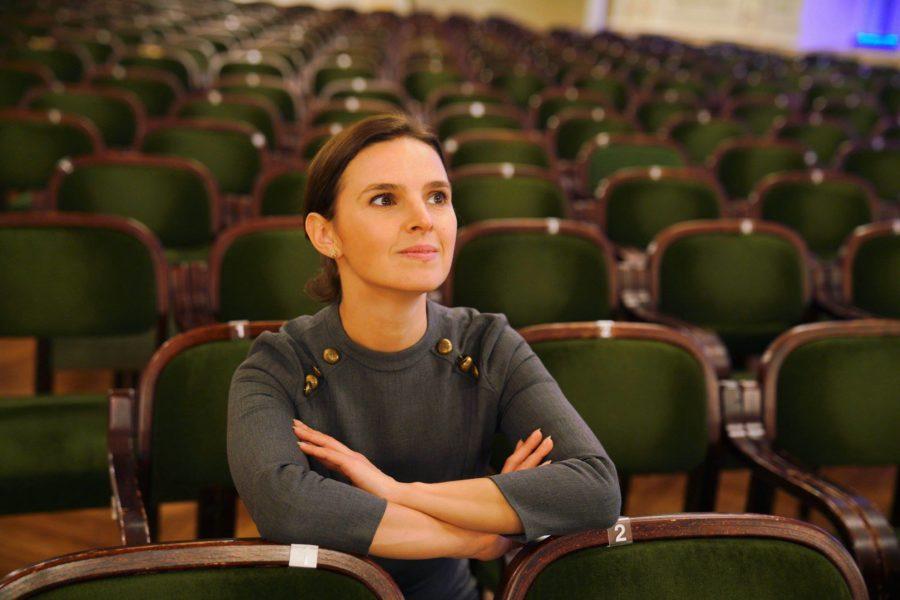 Die Dirigentin Oksana freut sich auf viele interessante Opernhäuser und auf neue Herausforderungen. (Foto Viktor Andriichenko)