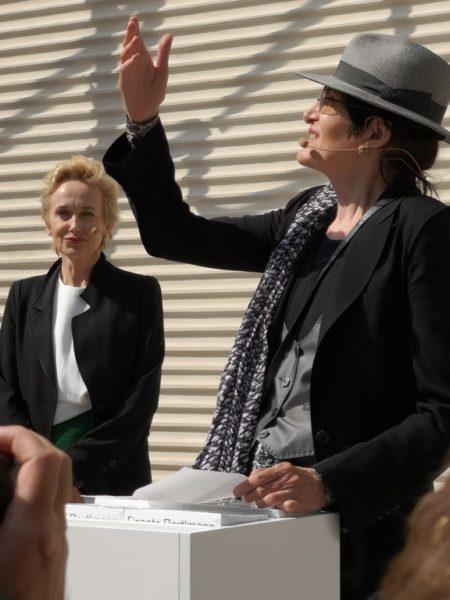 Renate Bertlmann wurde 2017 mit dem Großen Österreichischen Staatspreis ausgezeichnet. Ihr mit Kuratorin Felicitas Thun-Hohenstein erarbeiteter Beitrag ist die erste Einzelpräsentation einer Künstlerin im Österreich-Pavillon. (Foto Hedi Grager)