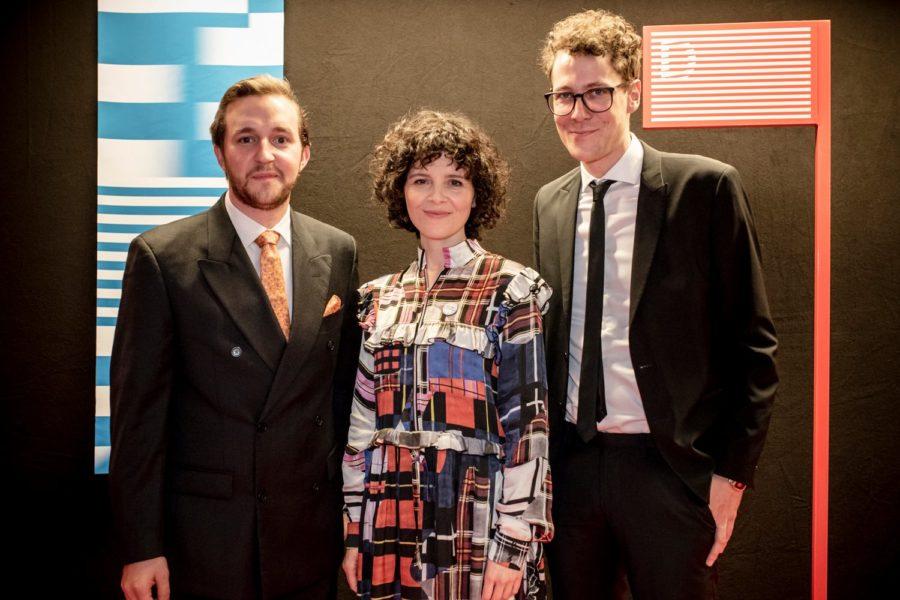 Eröffnung der Diagonale 2019 in der Grazer Helmut List-Halle – Peter Schernhuber und Sebastian Höglinger mit Regisseurin Marie Kreutzer. (Foto Diagonale/Sebastian Reiser)