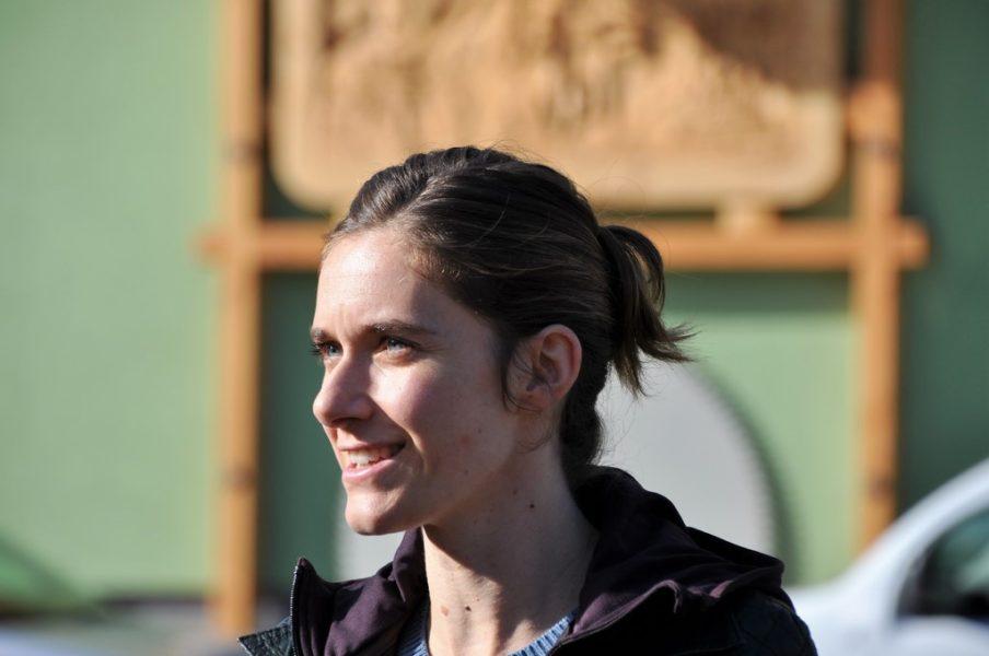 Als Ausgleich zu anstrengenden Drehtagen ist Schauspielerin Miriam Stein sehr gerne in der Natur. (Foto Reinhard A. Sudy)
