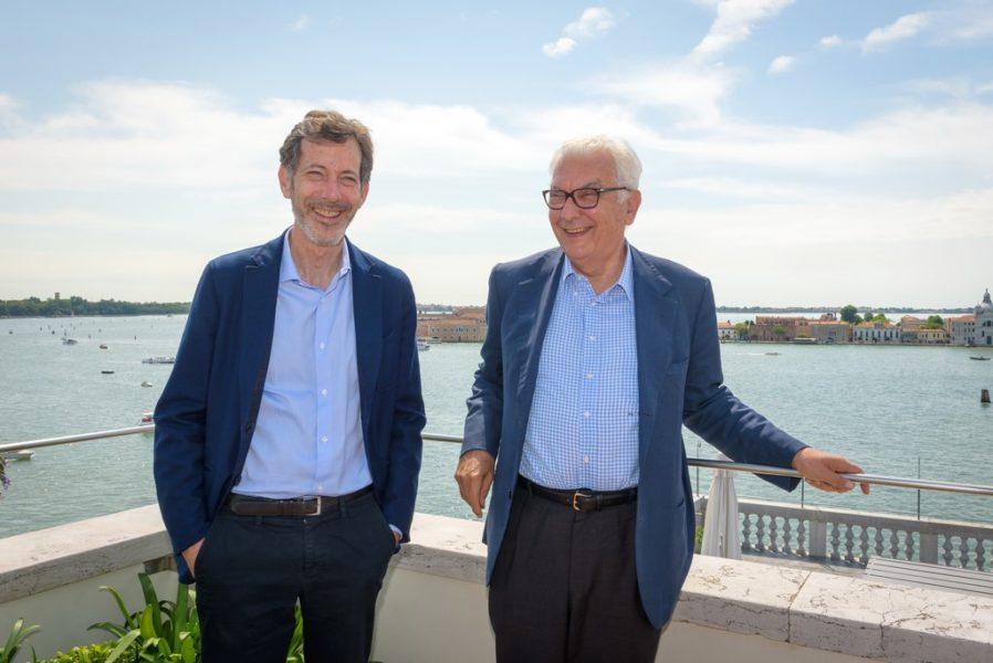 Am 24. November werden Ralph Rugoff, Biennale-Kommissär, und Paolo Baratta, Präsident der Biennale di Venezia, im Teatro alle Tese Arsenale die Öffentlichkeit treffen, um über das Erbe der diesjährigen Ausstellung zu diskutieren. (Photo by Andrea Avezzu')