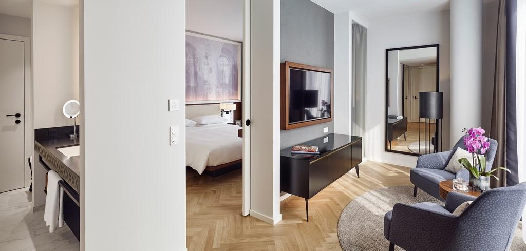 Eine der eleganten Suiten im neuen Andaz Vienna Am Belvedere (Foto Andaz Vienna Am Belvedere)