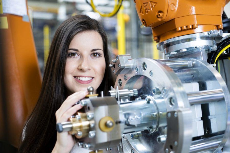 Victoria Wallner ist Mechanical Design Engineer bei der PIA Automation Austria GmbH in Grambach.(Foto Kanižaj Marija)