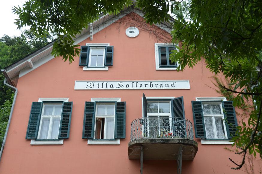 Weingut Harkamp: Beim Umbau 2012 entstand in der Villa Hollerbrand am Seggauberg ein eigener Bereich für die Sektproduktion.(Foto Weingut Harkamp)