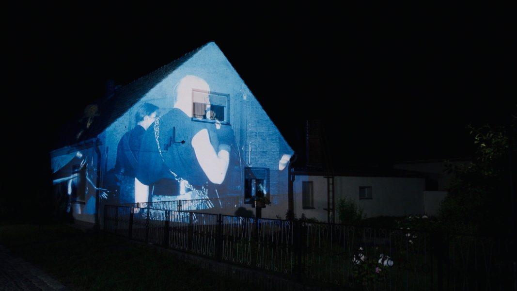 """Dokumentarfilm """"LUGAU CITY LIGHTS - Ein DDR-Dorf schreibt Popgeschichte"""" produziert von Gwendolin Szyszkowitz-Schwingel. (Foto Wilde.Stein)"""