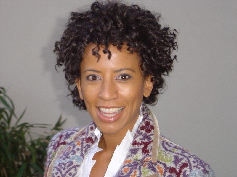 """Die """"Pracht der Tracht"""" wird erstmalig von der charmanten TV-ModeratorinArabella Kiesbauer moderiert. (Foto Ivents)"""