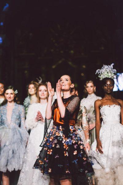 Die großartige Designerin ließ sich für ihre Couture-Show in der Stadtpfarrkirche Hartberg von den 4 Jahreszeiten inspirieren. (Foto A twist of Lemon)