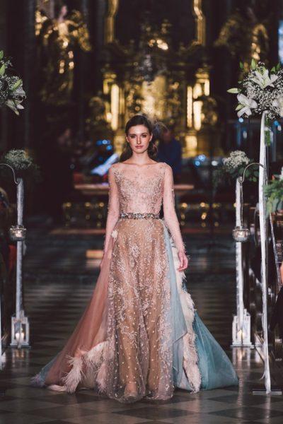 Mit einer fulminanten Couture-Show eröffnete DesignerinEva Poleschinski bereits zum zweiten Mal die beliebteHartbergerland Hochzeitsmesse. (Foto A twist of Lemon)