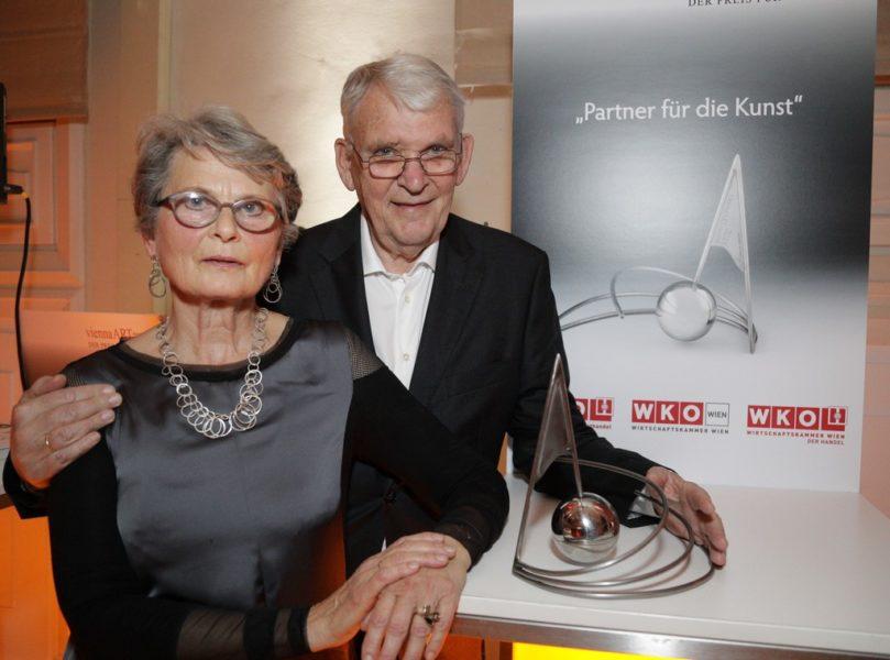 """Der viennaARTaward 2019 für ihr """"Lebenswerk"""" ging an das kunstsinnige Ehepaar Gertraud und Dieter Bogner. (Foto ROBIN CONSULT/Lepschi)"""