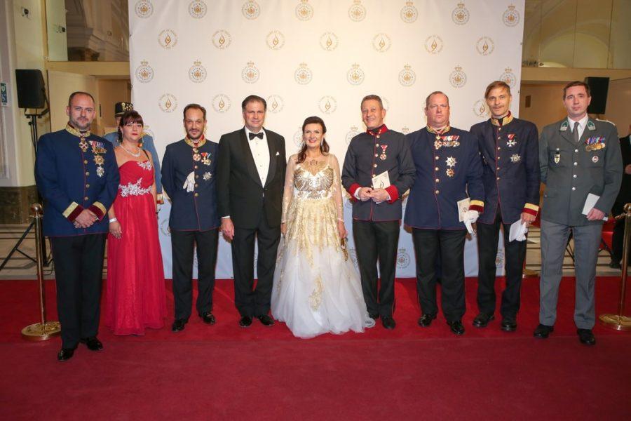 Unter den 800 Gästen von Sandor und Herta Margarete Habsburg-Lothringen waren zahlreiche Mitglieder des internationalen Hochadels, des internationalen diplomatischen Korps und heimische Politprominenz. (Foto ROBIN CONSULT/Lepsi)