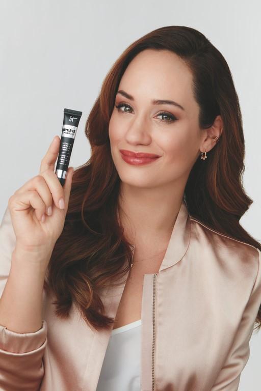 Mit IT Cosmetics, einer problemlösenden Anti-Aging Make-Up-Marke der Loreal-Gruppe, hat Sasa Schwarzjirg eine perfekte Marke für sich gefunden. (Foto IT Cosmetics)