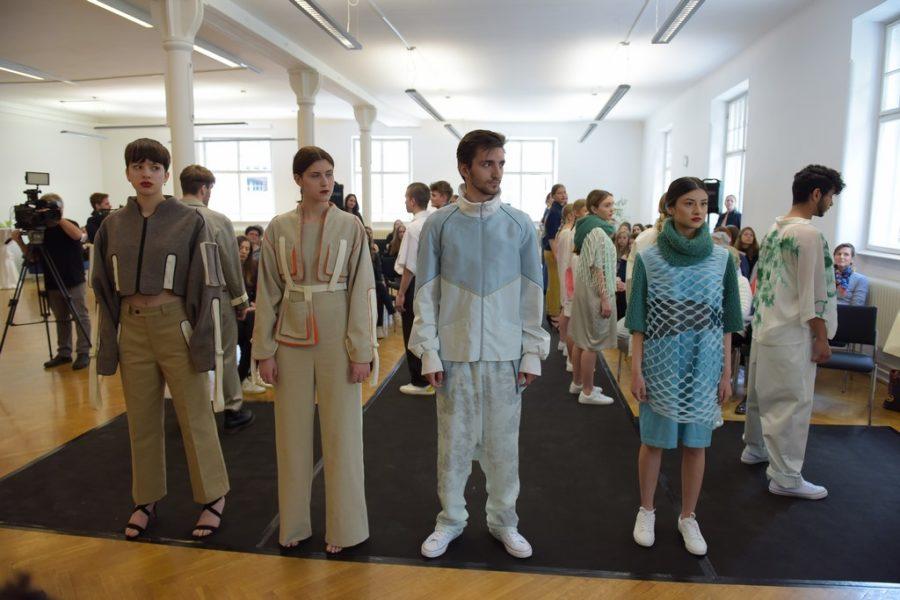 Studenten der Modeschule Michelbeuern (Foto EKP)