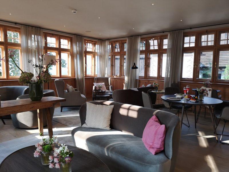 Angenehmer Frühstücksraum und sehr gemütlicher Aufenthaltsraum im Gästehaus Krenn. (Foto Hedi Grager)