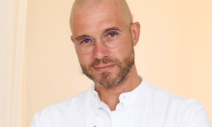 Der plastische Chirurg Harald Kubiena wurde für sein humanitäres Engagement geehrt. (Foto Clemens Fabry)