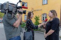Journalistin und Moderatorin Sandra Suppan bei Dreharbeiten. (Foto privat)