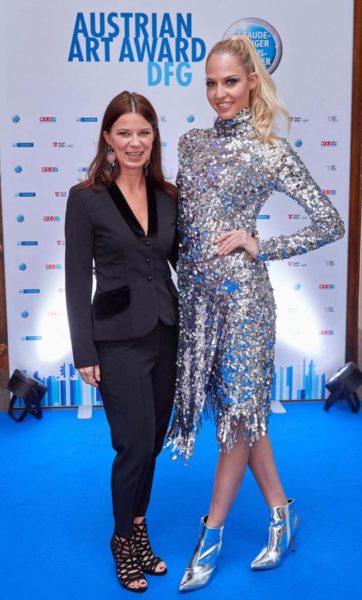 Miss Vienna traf beim AUSTRIAN ART AWARD DFG 2019 die erfolgreiche Designerin Sabine Karner. (Foto Alexander Tuma)