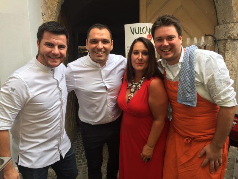 Andrea Ruschka mit Suwi Zlatic und Michael Hebenstreit im Grazer Restaurant Eckstein. (Foto privat)