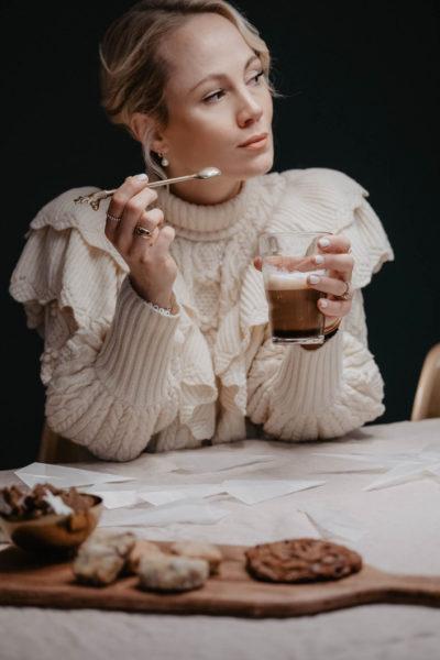 Seit vielen Jahren ist Kate Gelinsky als Kate Glitter in der Modeblogger-Szene ein Begriff. Hier wirbt sie für Nespresso. (Foto Janine Oswald)
