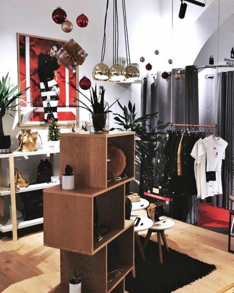 Der Jungdesigner Manuel Essl führt sein Geschäft in Graz, in der Münzgrabenstraße 5. (Foto MED)