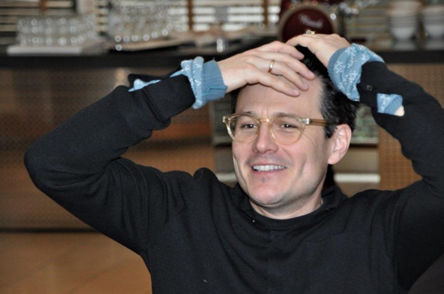 """Schauspieler Manuel Rubey: """"Ich glaube, Humor ist die Königsdisziplin in unserem Beruf, und ich glaube, es gibt nichts Befreienderes als zu lachen. (Foto Reinhard Sudy)"""